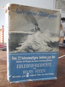 Denne udgave af bogen '..habe meine Pflicht getan', som normalt står på min reol, er udgivet i 1939.