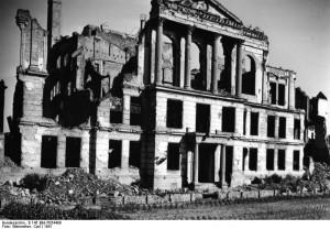 Ruinerne af Volksgerichtshof.