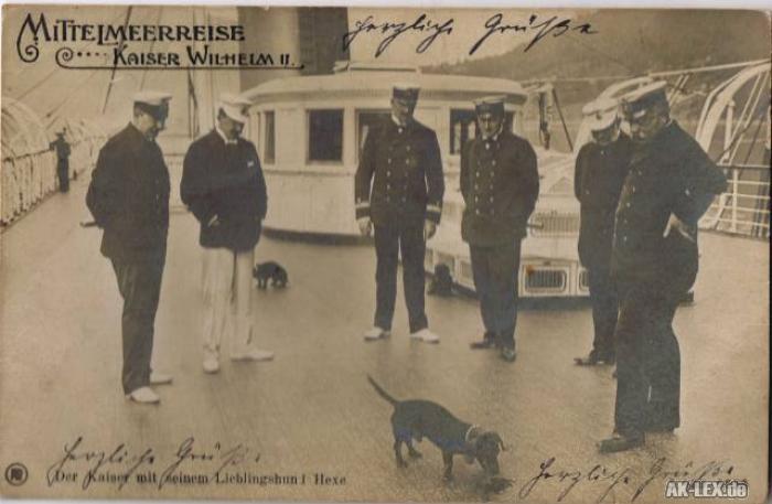 Men kejseren var ikke bare en af de tyske ledere, der er blevet dømt hårdest af eftertiden - han var også et menneske med venner. En af dem var min tipoldefar. Han hed Admiral Volkmar von Arnim og han lærte Kejser Wilhelm II at kende, da han fra 1888-95 var hanssåkaldte Flügeladjutant - en art personlig sekretær - og kommandør på den kejserlige yacht.